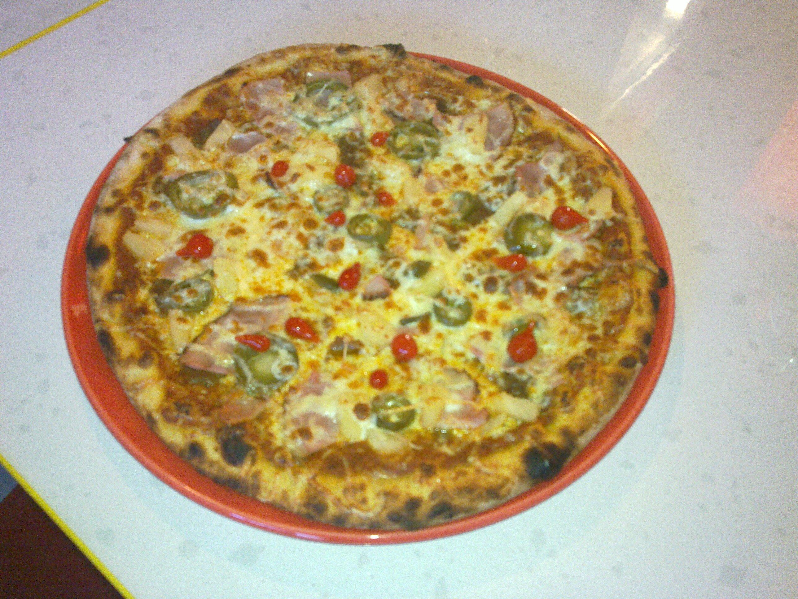 Pizzeria-Kebab Iiris, Kirkkonummi: Kebabpizza