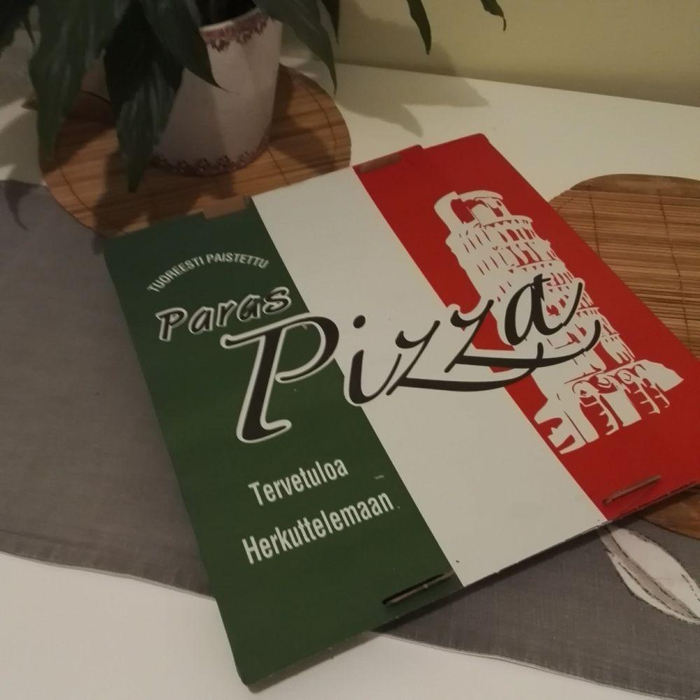Ravintola Saba, Helsinki: Pizza pakkaus (perhekoko)