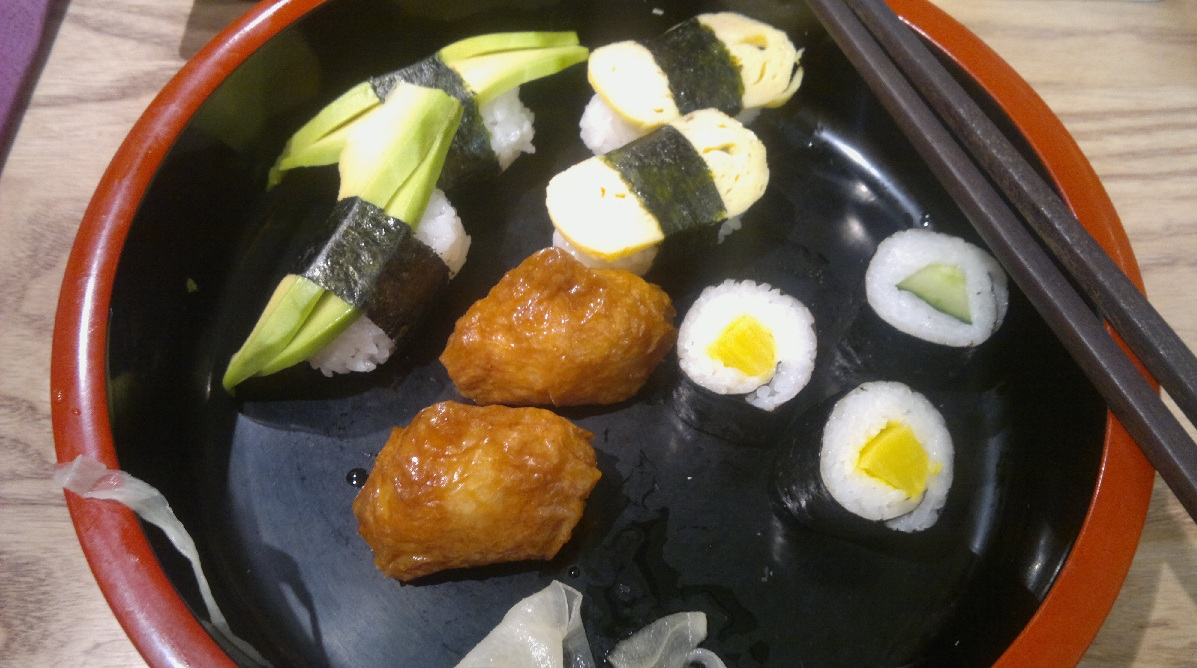 Itamae Sushi, Helsinki: Tinyest overpriced vegetarian sushi