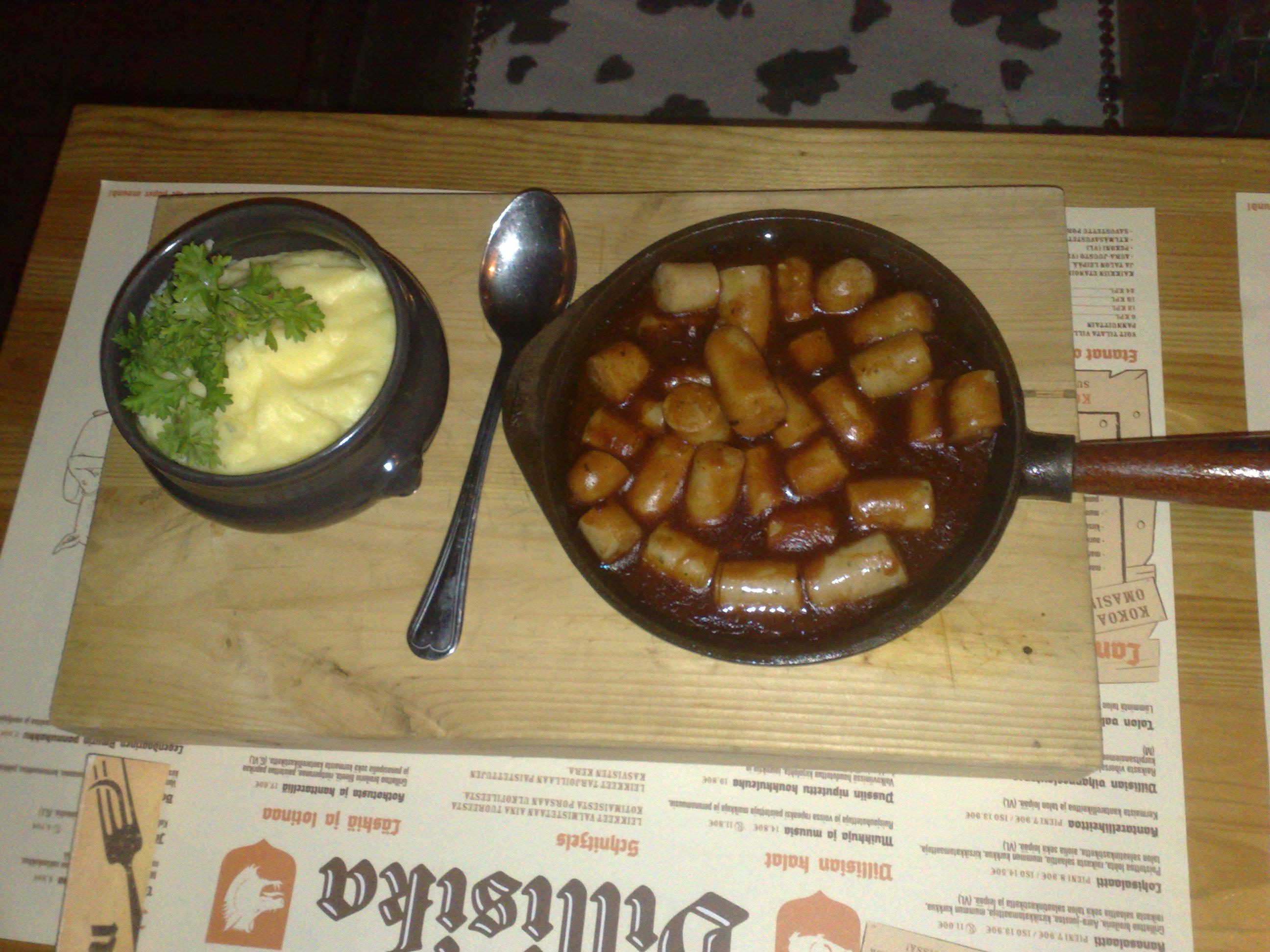 Villisika, Tampere: Currywursti.