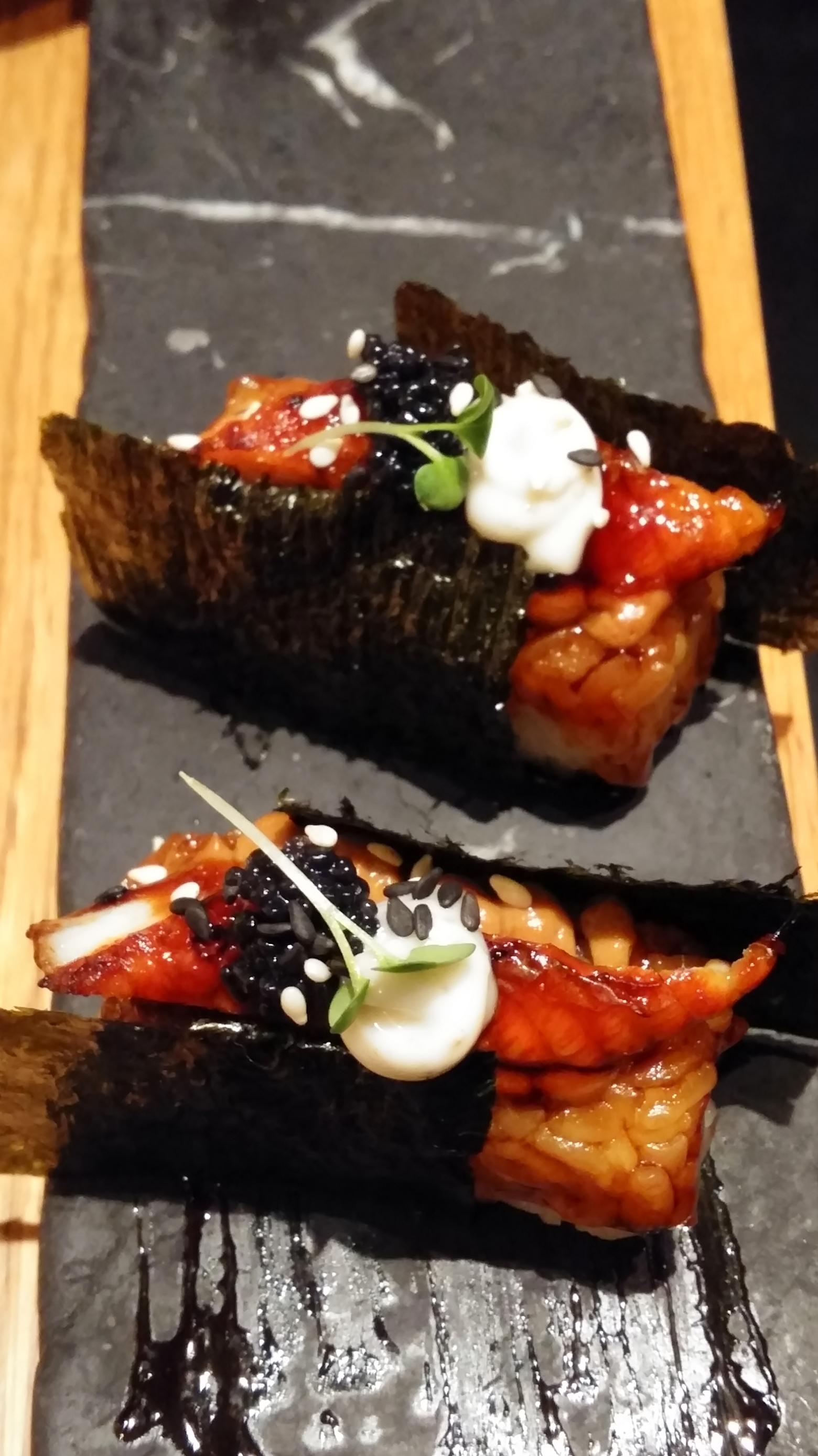 """Gaijin, Helsingfors: Foie, unagi & truffle """"nigiri"""""""