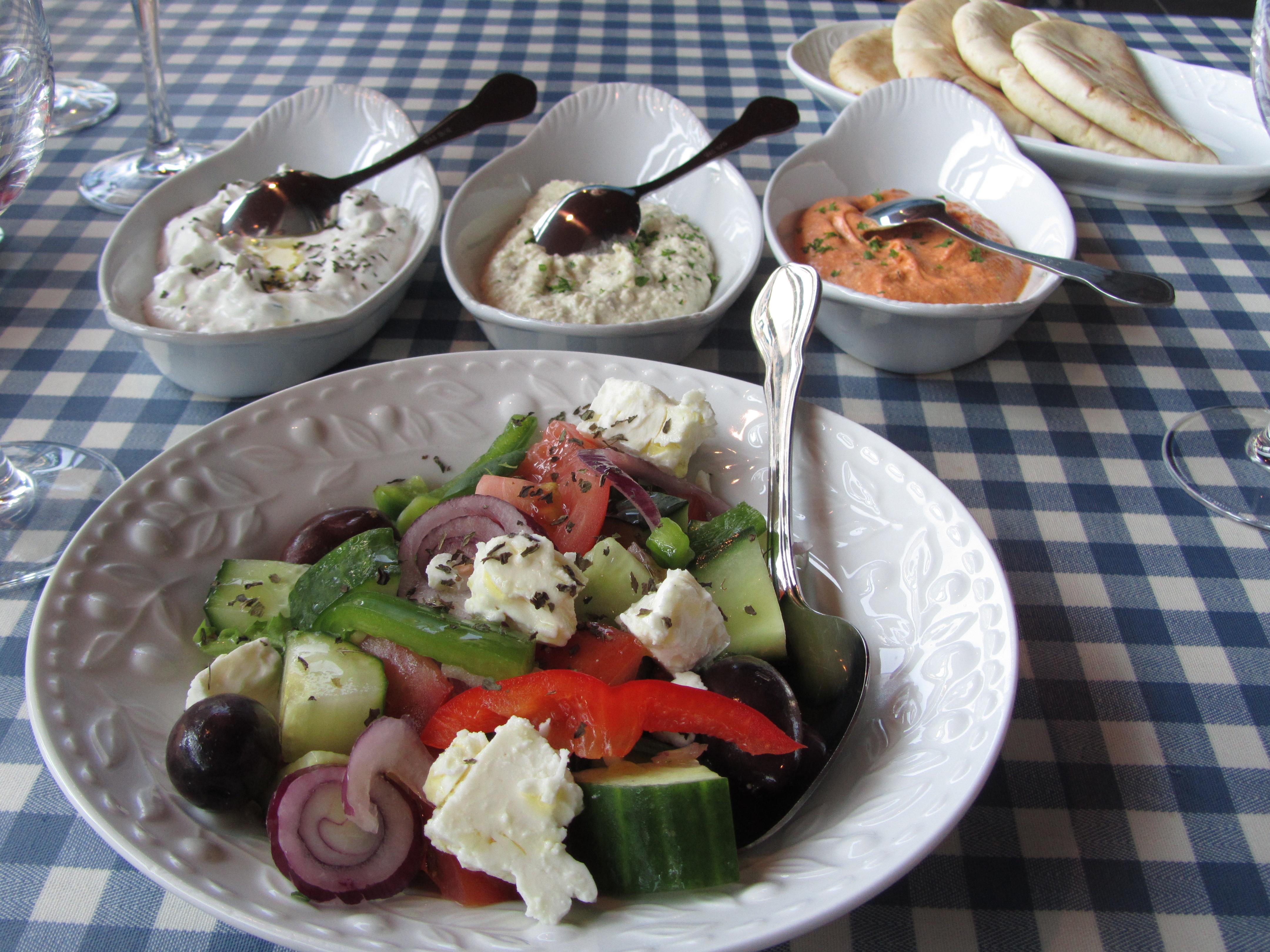 Ravintola Kreeta, Joensuu: Meze-ateria kahdelle, ensimmäiset alkupalat