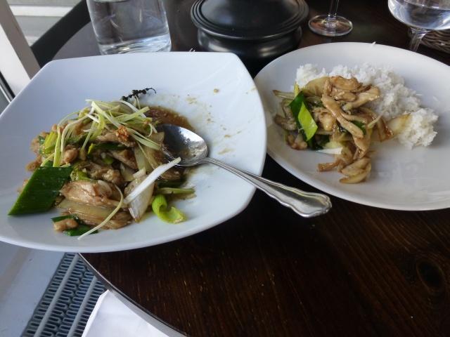 Muang Thai, Jyväskylä: Kanaa valkosipulilla.