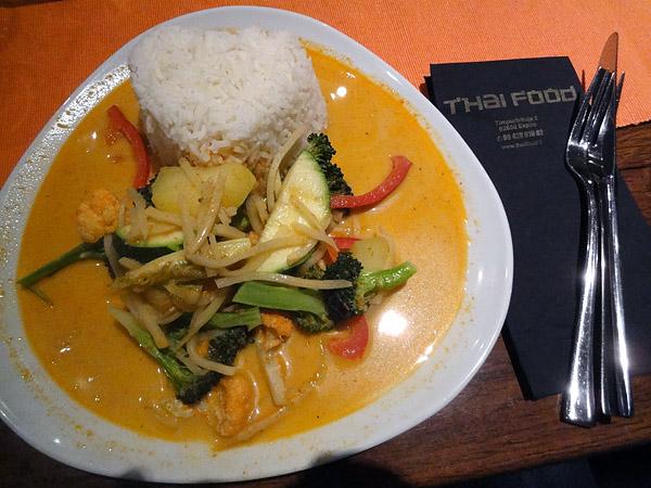Thai Food, Espoo: 61. Gäng Kua, Perunaa punaisella currylla