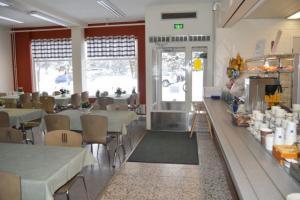 Kahvi- ja lounashuone Huovinhelmi, Harjavalta