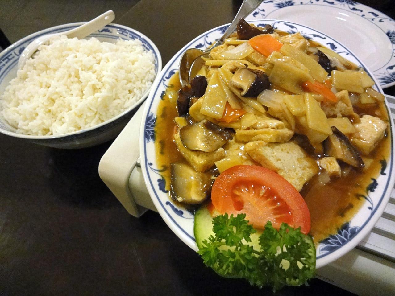 Kong Fu Zi, Helsinki: Tofua, bambua ja kiinalaisia sieniä