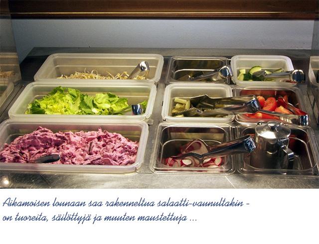 Hätilän Kokki, Hämeenlinna: Salaatteja on ituja myöden