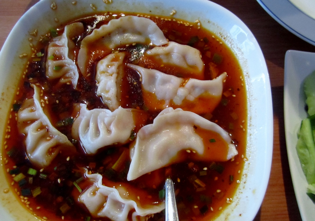 Mei Lin Chinese Restaurant, Helsinki: Dumplings chilikastikkeessa
