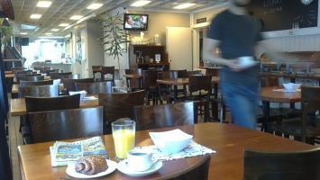 Café 68, Salo