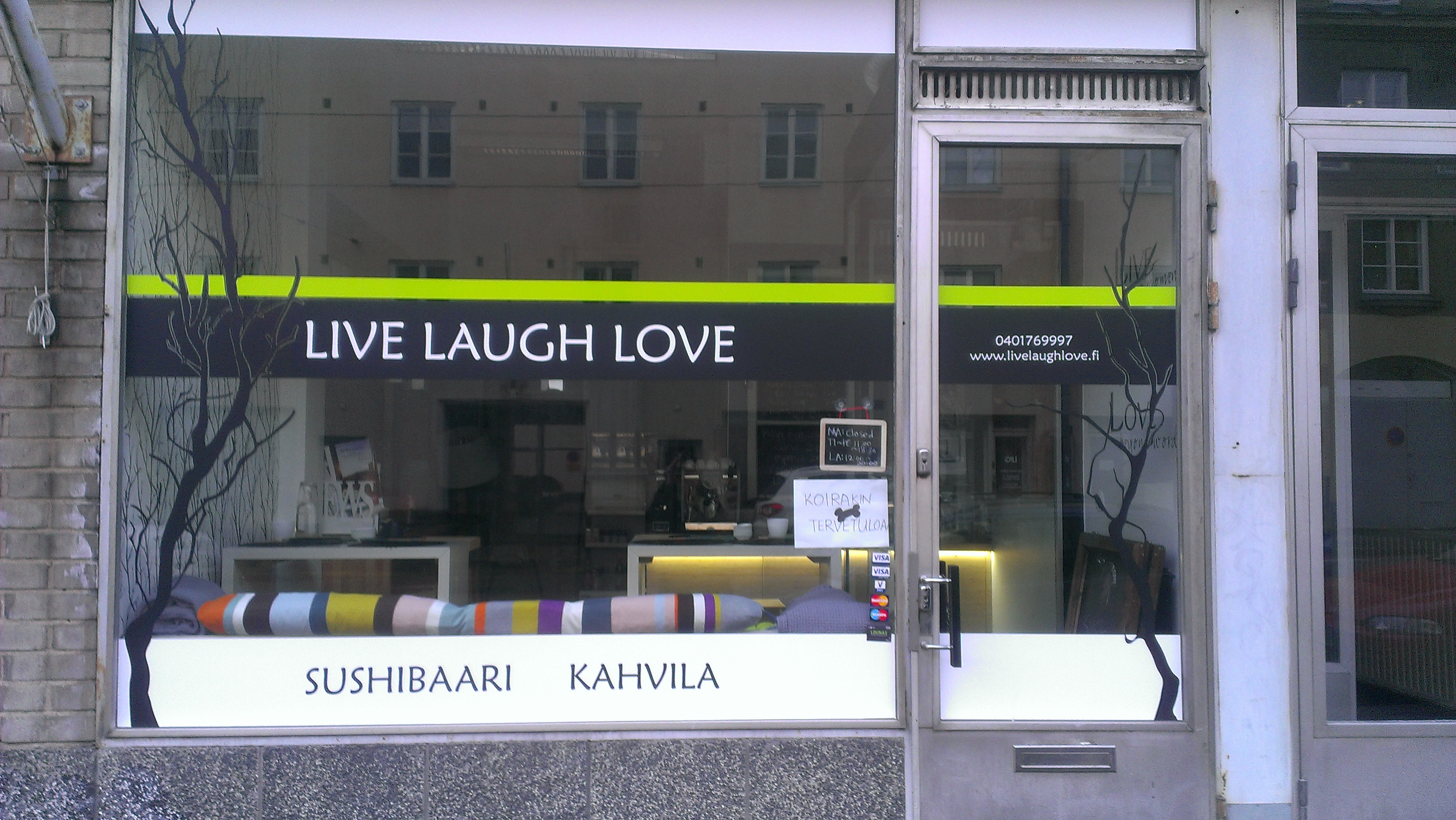 Live Laugh Love, Helsinki
