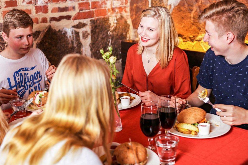 Linnoitusravintola Kamu!, Hamina