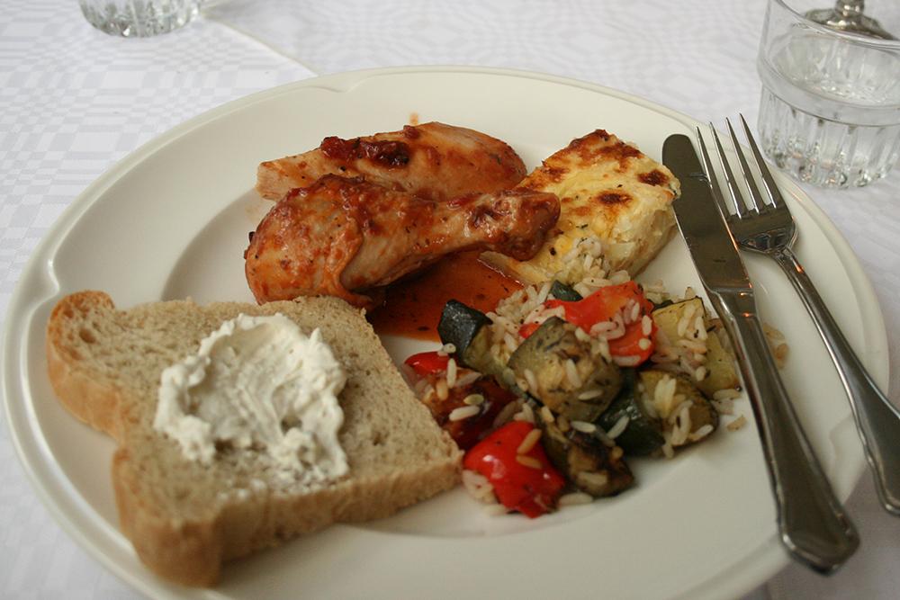 Puotilan kartano, Helsinki: Toinen buffetlautasellinen