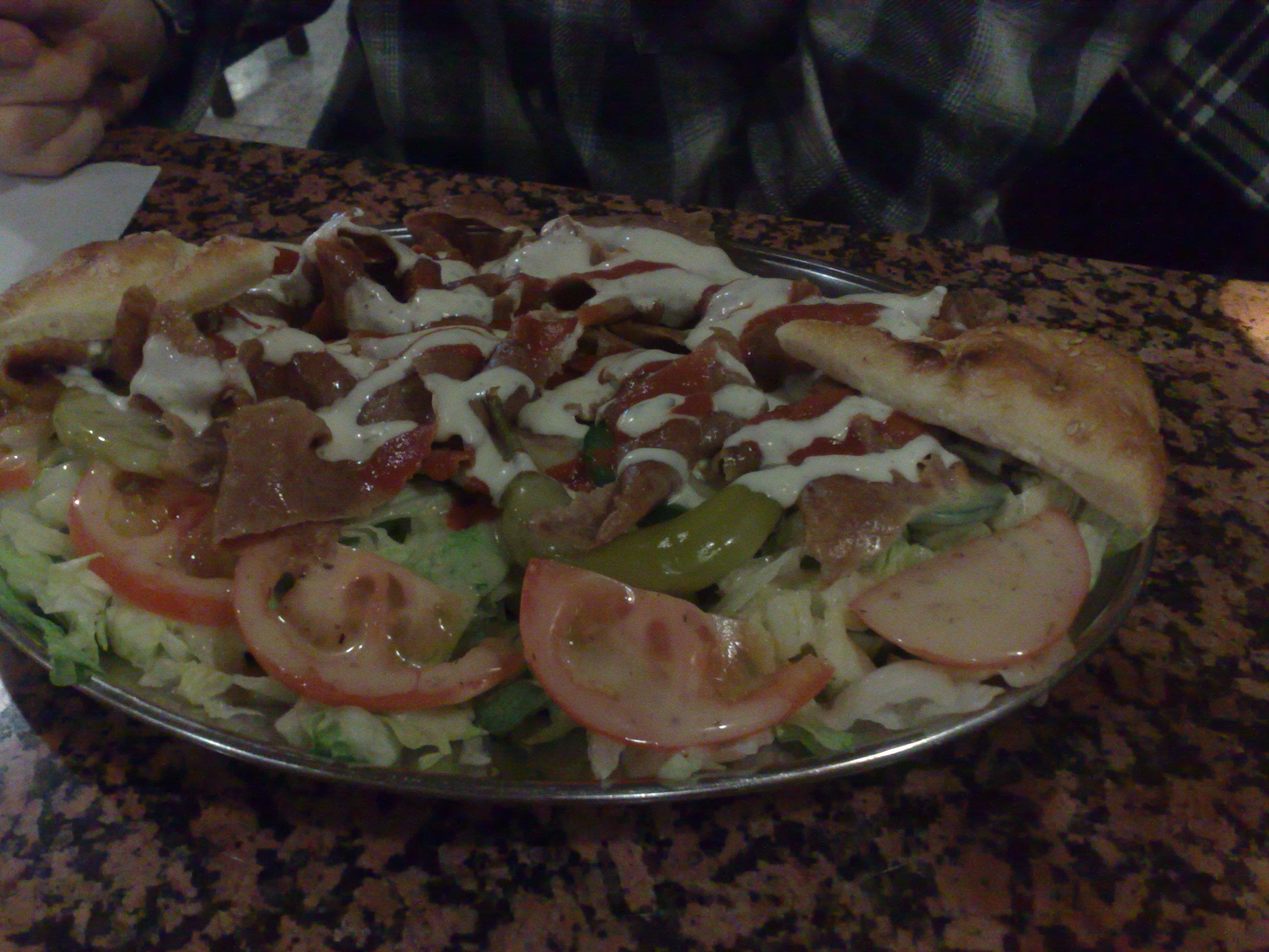 Golden Pizza Kebab, Helsinki: kebusalaatti.