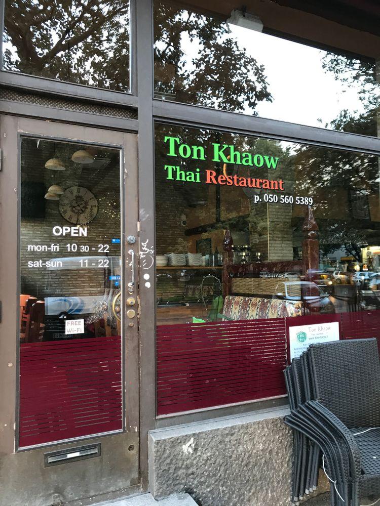 Ton Khaow, Helsinki