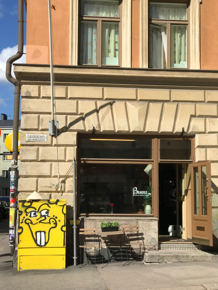 Bumi Asian Kitchen & Cafe - Pursimiehenkatu, Helsinki