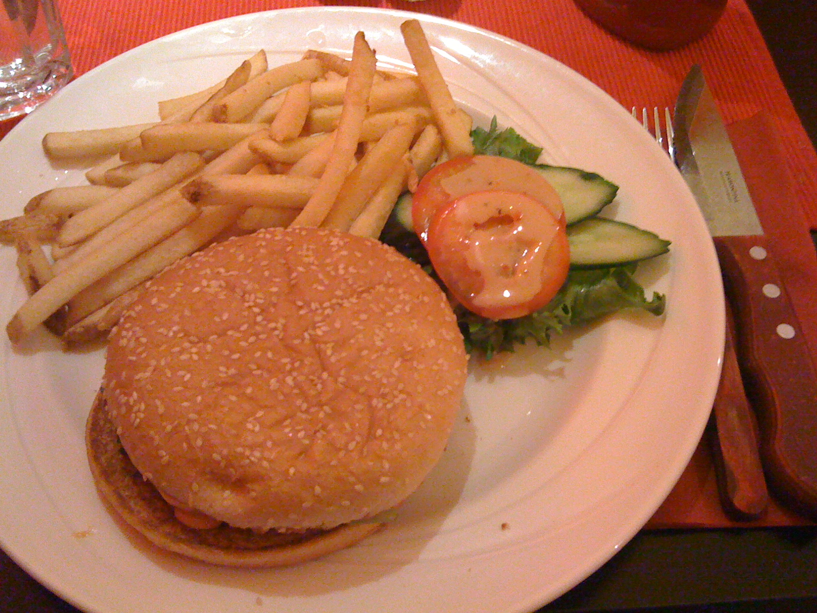 Morrison's Grill & Green, Helsinki: Cheeseburger (lunch)