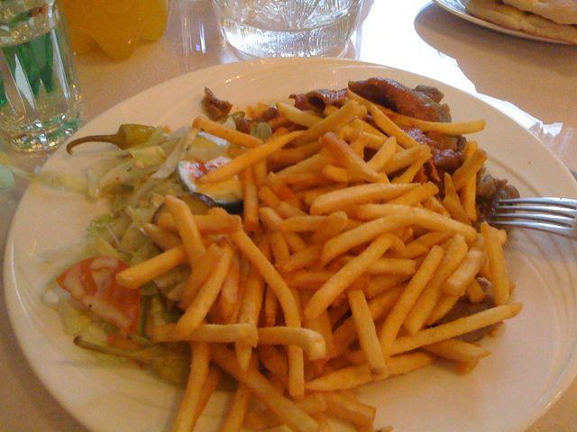 Puotilan Pizza & Kebab, Helsinki: Kebab ranskalaisilla