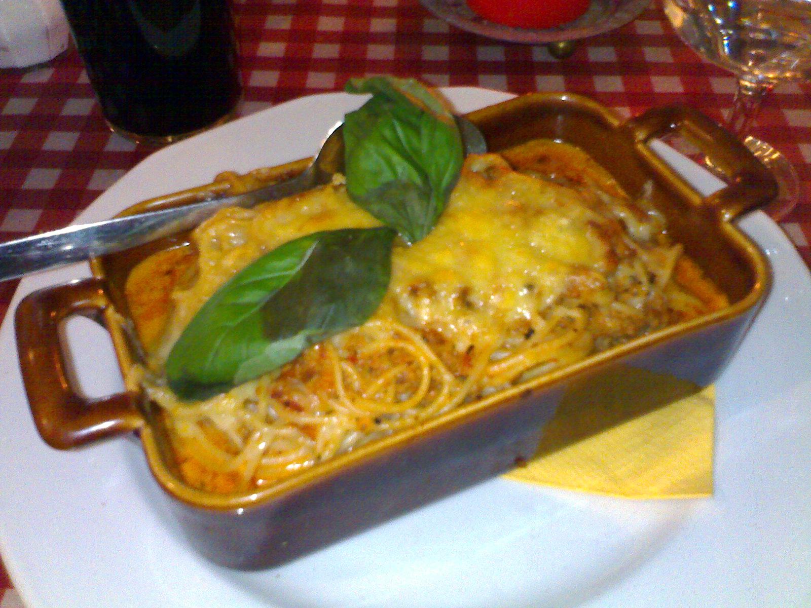 Ristorante Dennis Helsinki, Helsinki: Spaghetti Al Forno