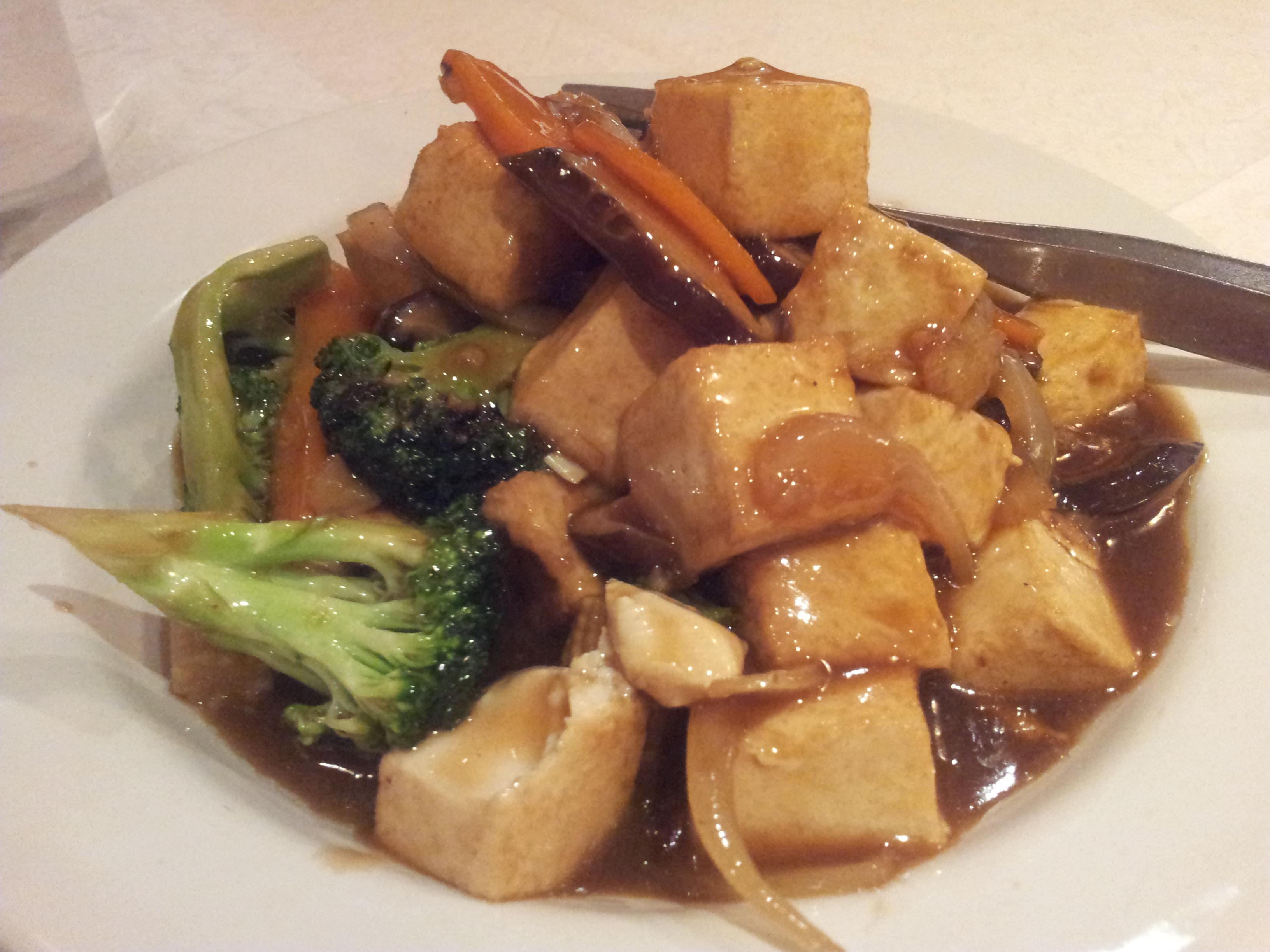 Ravintola China, Helsingfors: tofua, parsakaalia ja siitakesieniä