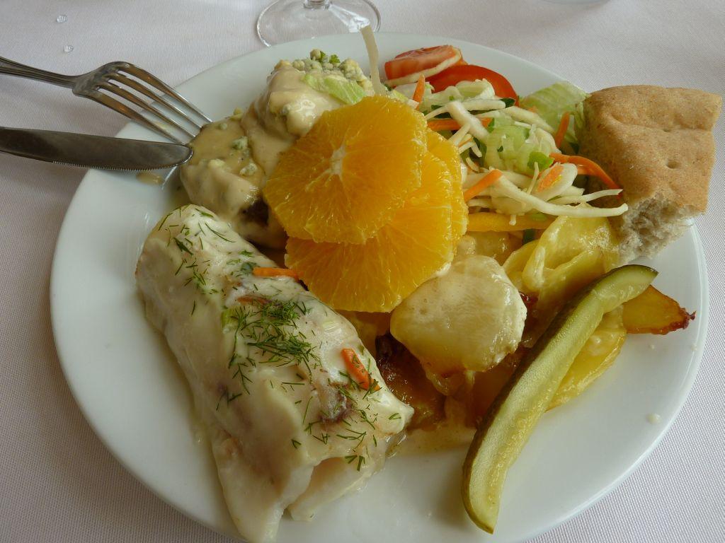 Ravintola Aulanko, Hämeenlinna: Buffet ruokia.