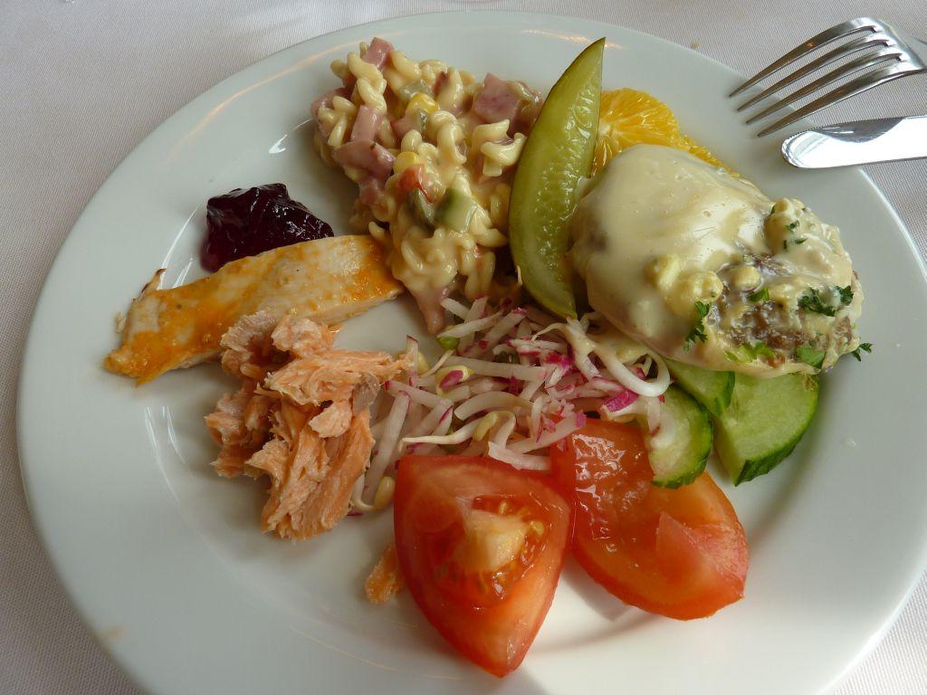 Ravintola Aulanko, Hämeenlinna: Buffet ruokia