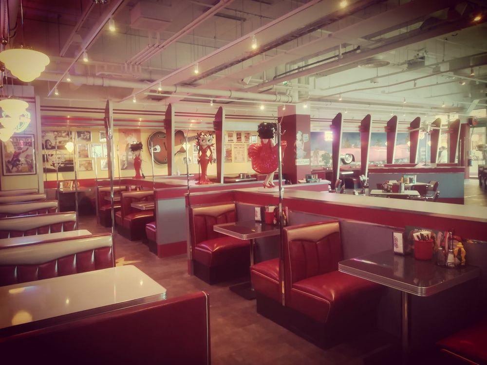 Classic American Diner, Raisio