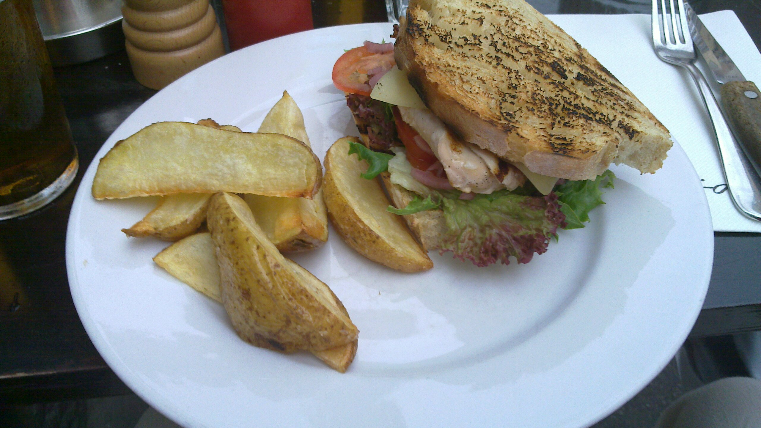 Ravintola Bali-Hai, Helsinki: Bali Club Sandwich