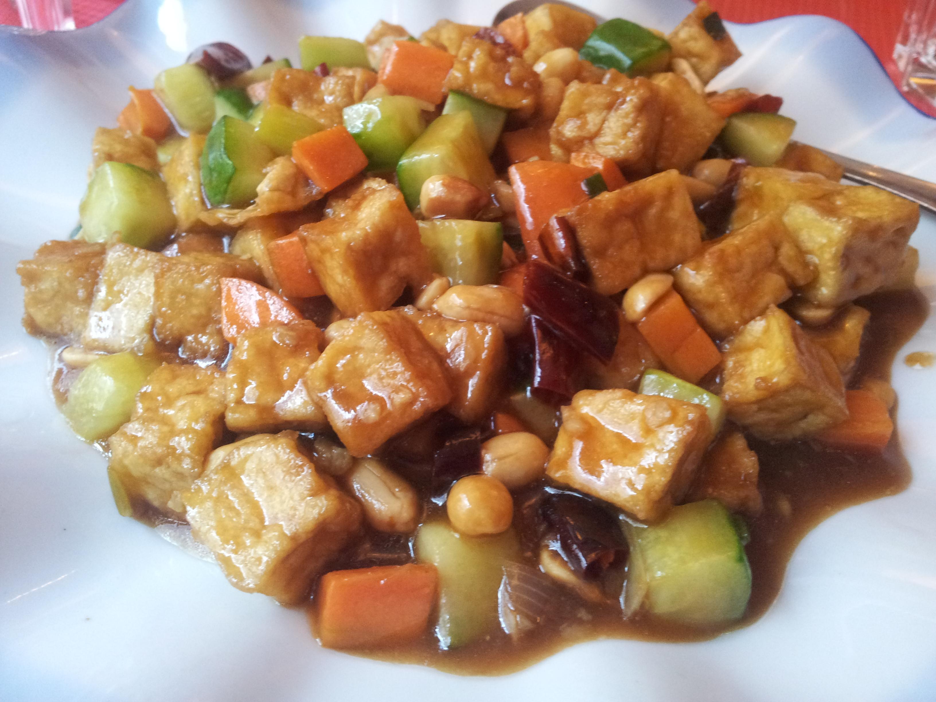 Dong Bei Hu - China Tiger, Helsinki: tofua, chiliä ja pähkinöitä