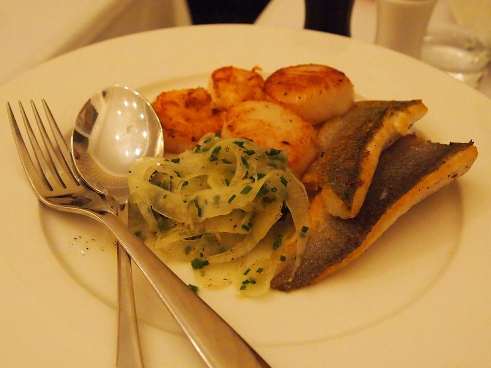 Mange sud, Helsinki: Mangen Bouillabaisse - kalat