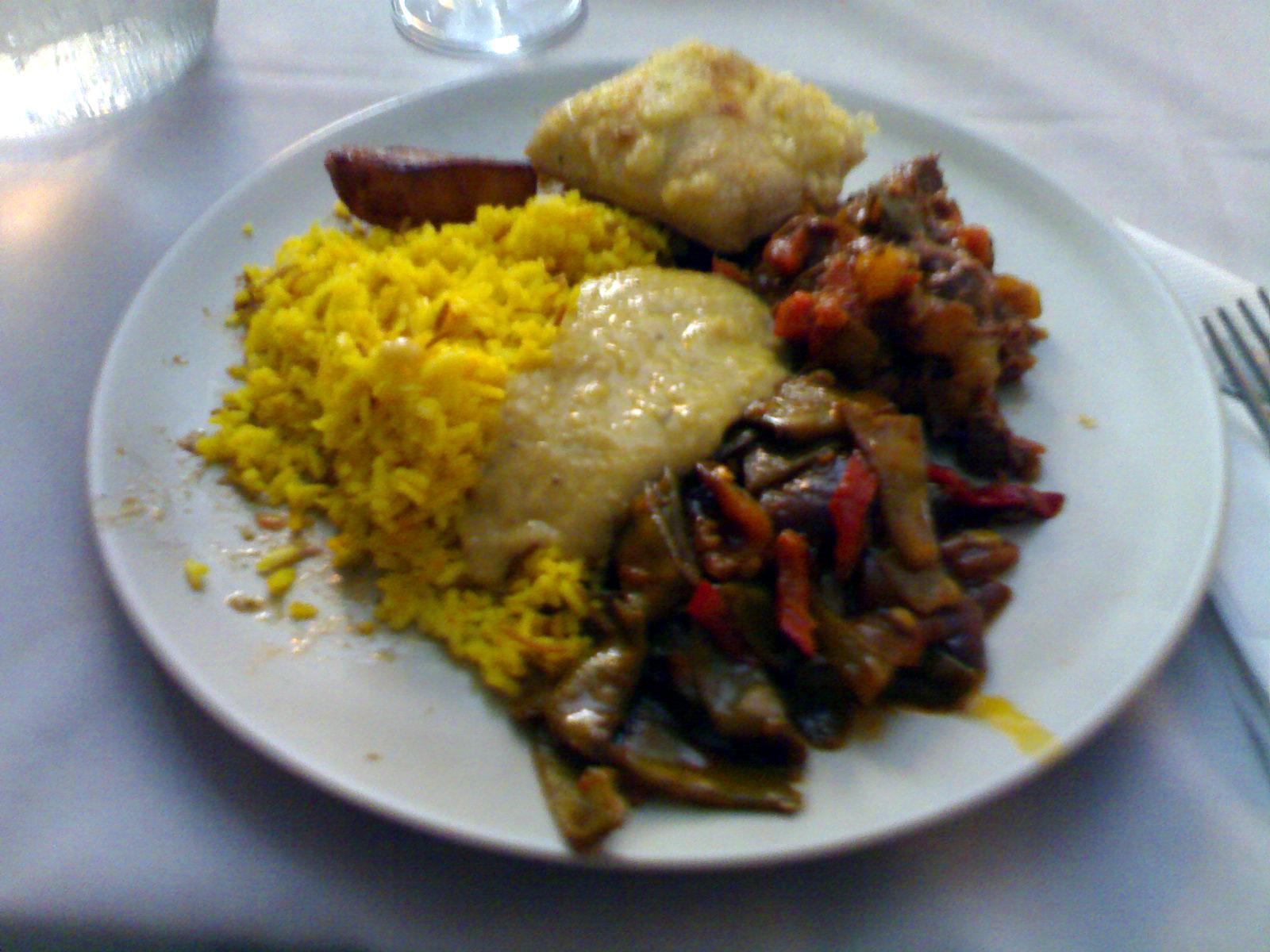 Ravintola Mezopotamya/Café Caisa, Helsinki: lounas buffet
