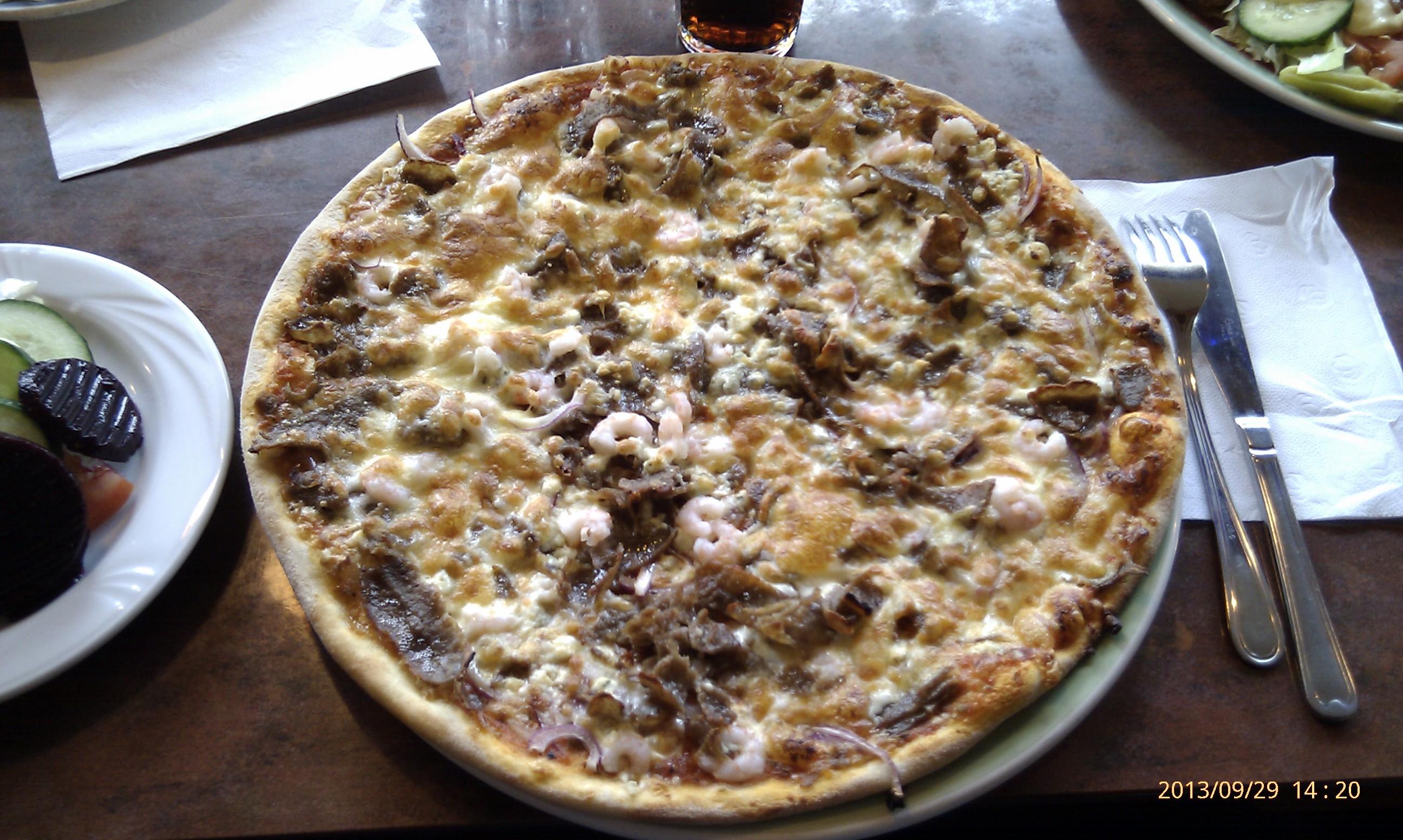 Orikedon Taverna, Turku: Talon pizza