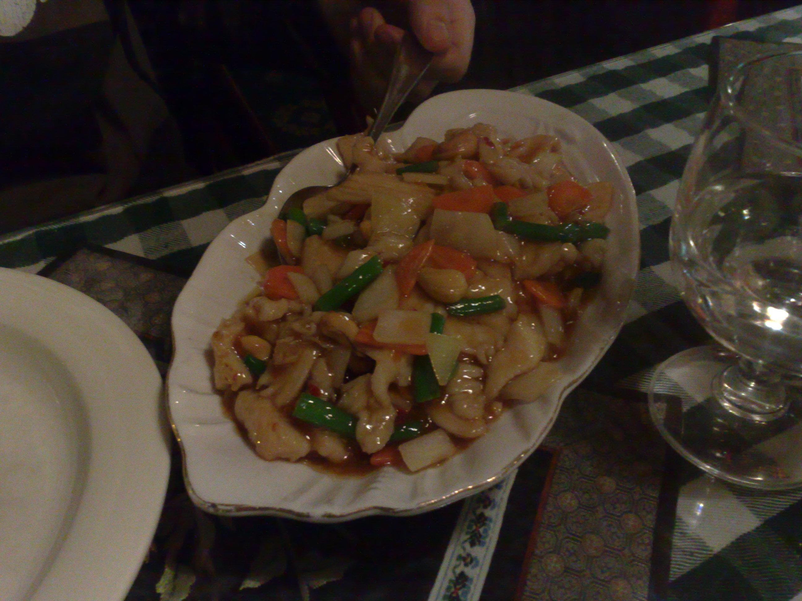 Ravintola Kiinan Muuri, Turku: Kanaa kung po.
