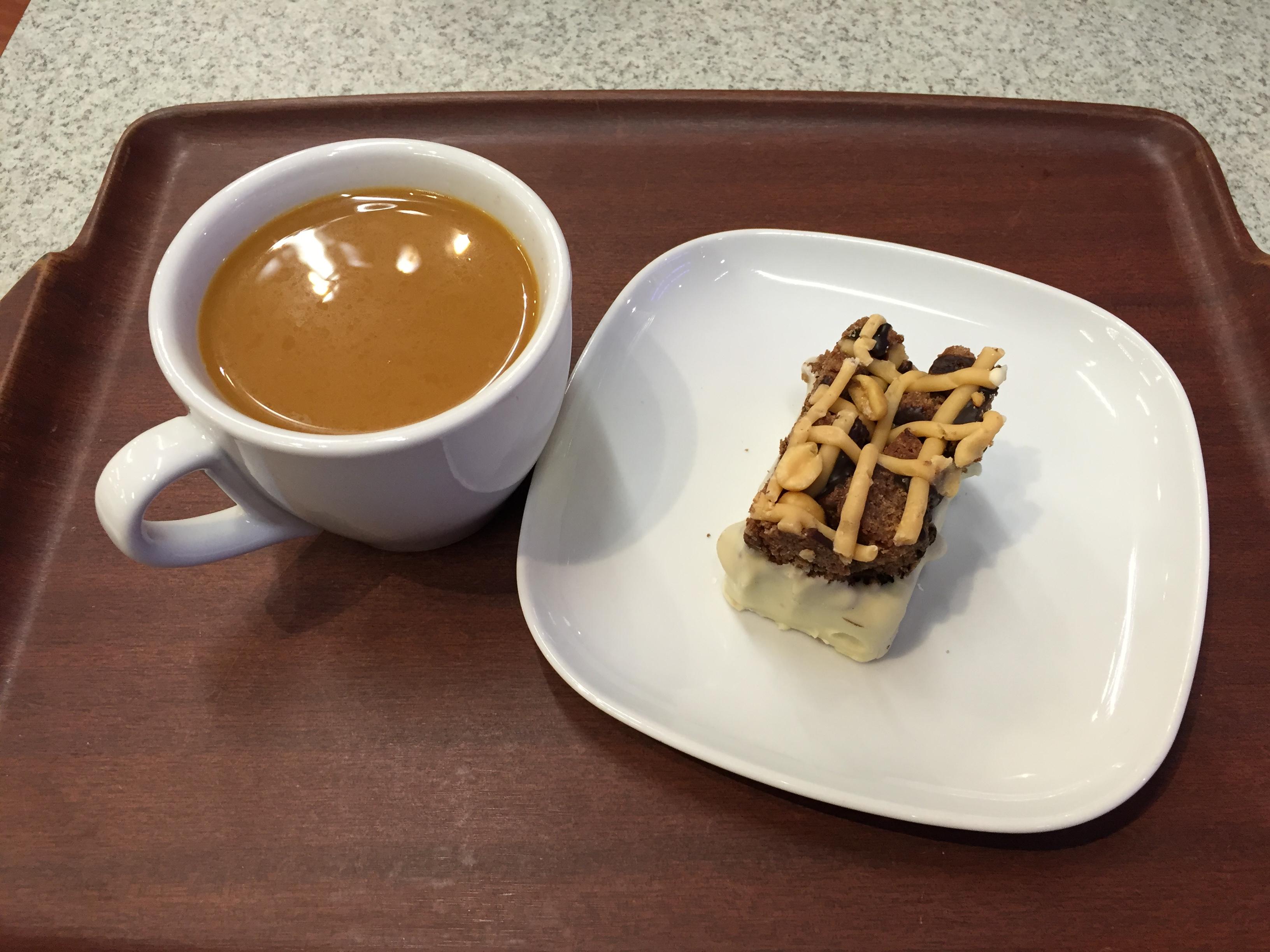 Kulmakonditoria, Vantaa: Tsuffe ja brownie