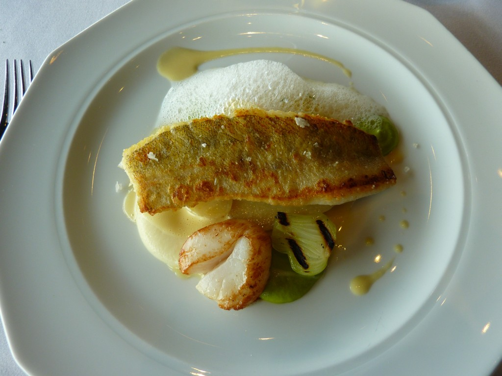 Ravintola Näsinneula, Tampere: Paistettua päivän kalaa