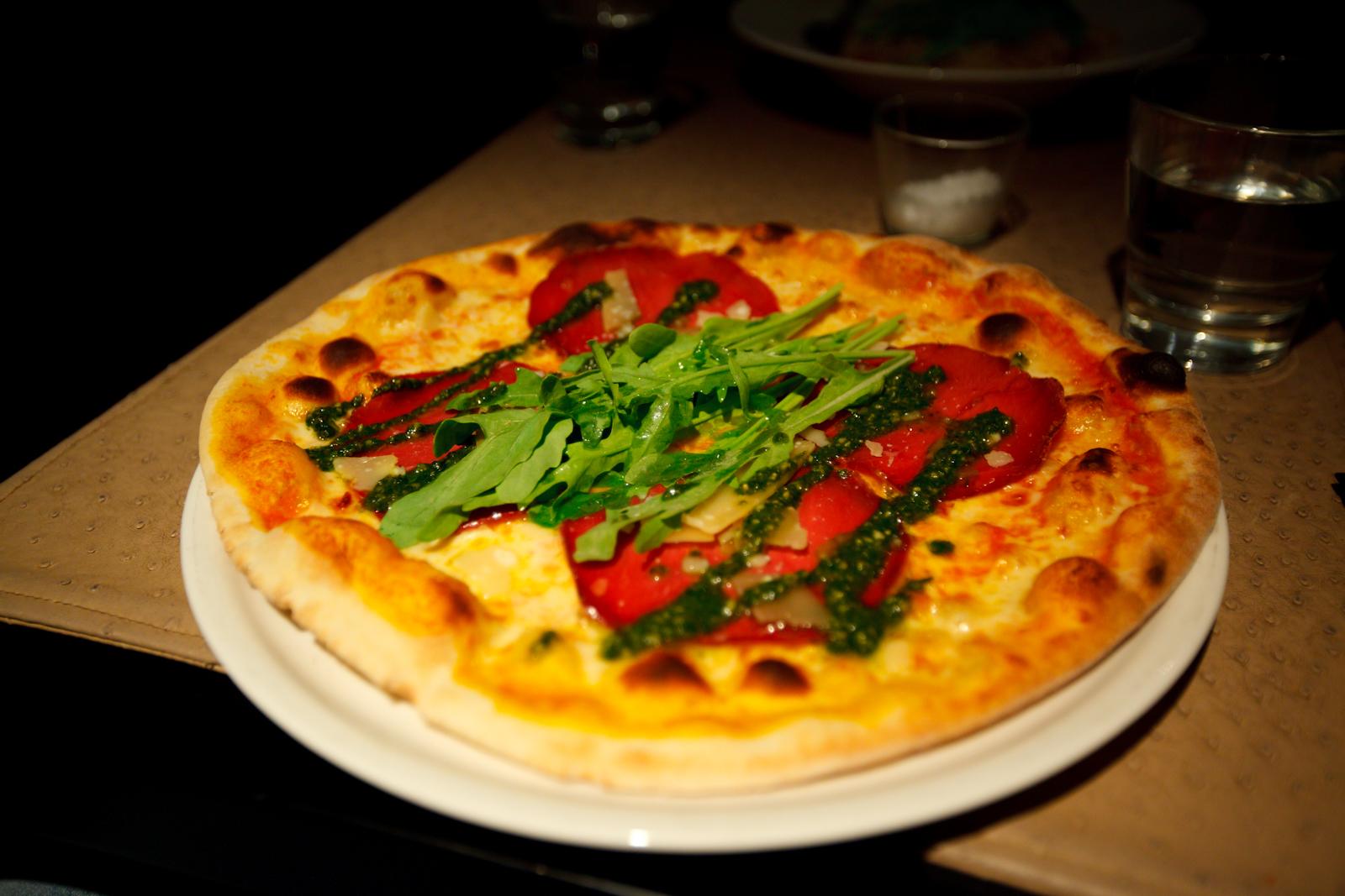 Restaurant Carlito's Kluuvikatu, Helsingfors: Pizza Bresaola