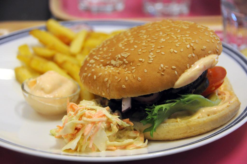 Dylan, Helsinki: Parmesan eggplan hamburger