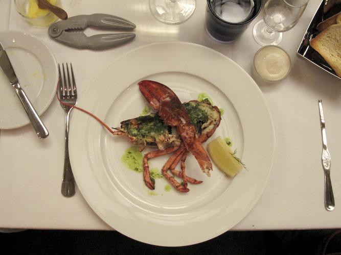 Salutorget, Helsinki: Half lobster