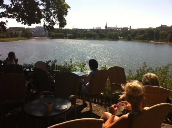Sinisen Huvilan Kahvila, Helsinki