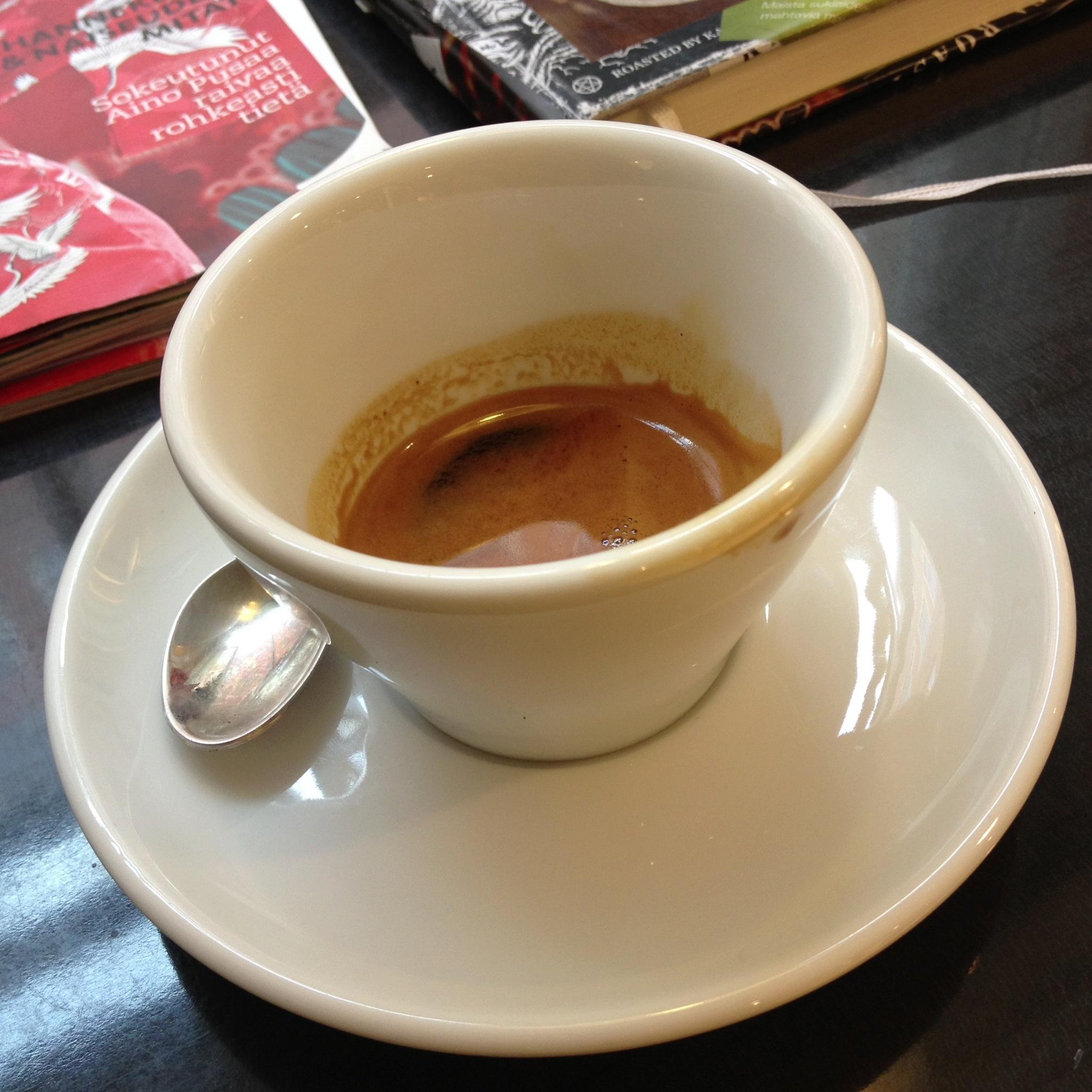 KaffaRoastery, Helsinki: Kaffa Roasteryn Espresso Latte 4.2