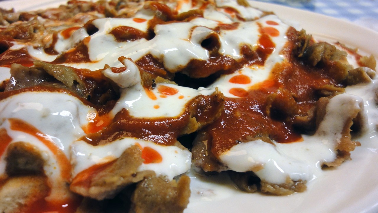 Pizzeria Online, Helsinki: Iskender kebab